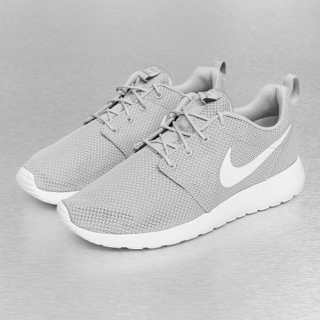 Nike Rosherun Grau